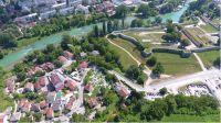 Grad Banja Luka raspisao je  Međunarodni konkurs za izradu idejnog urbanističko-arhitektonskog rješenja mosta u naselju Dolac u Banjoj Luci.